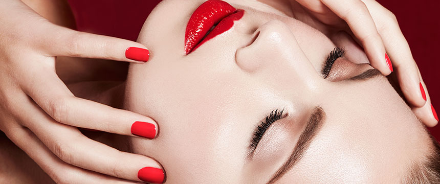 眼瞼下垂と美容外科